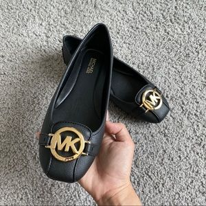 NEW MK FLAT SHOES AUTHENTIC
